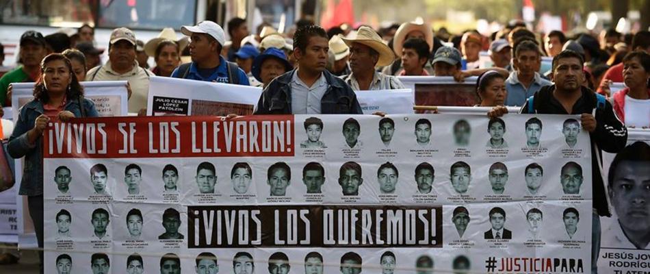 Familiares de los 43 estudiantes desaparecidos en México piden en la ONU reabrir el caso