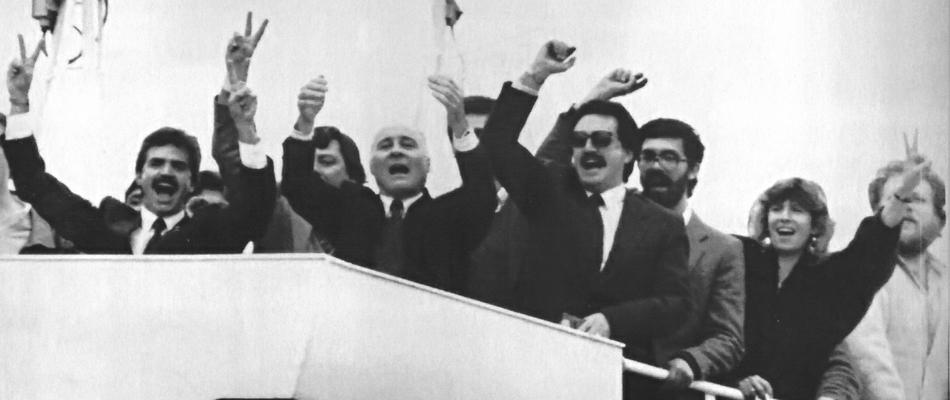 """Jefes montoneros """"botonearon"""" a cambio de indultos del presidente Carlos Menem"""