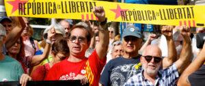 Independistas catalanes. Foto: REUTERS/Enrique Calvo