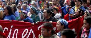 Mapuches en Chile. Foto: EFE/FHG